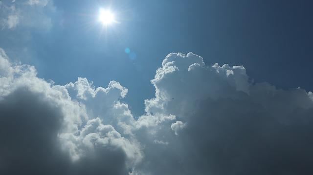夏空と紫外線